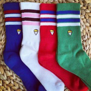 Chaussettes colorées avec emoji de paquet de frites