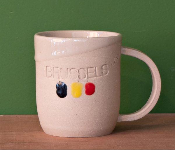 Tasse mugs avec inscription Brussels faite à la main