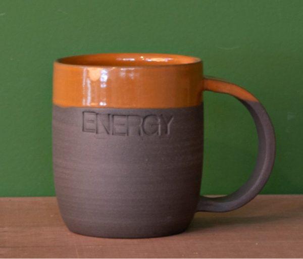 Tasse mugs avec inscription Energy faite à la main